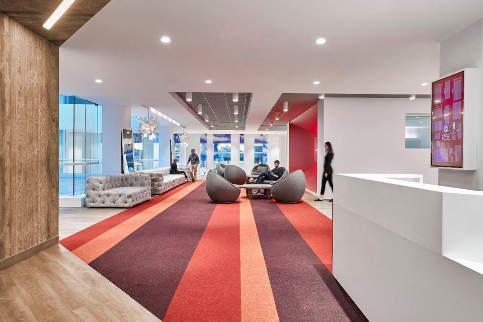 modern-colorful-office